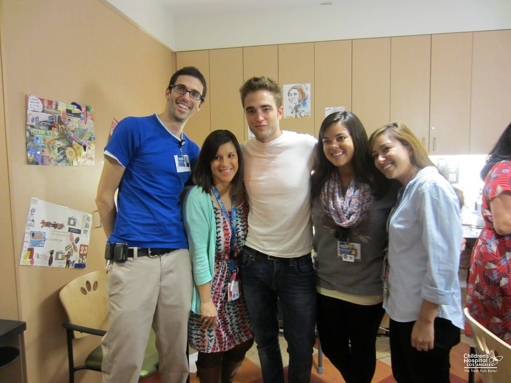 Robert Pattinson posed with fans while visiting the children's hospital in LA. Source: Flickr user Children's Hospital Los Angeles