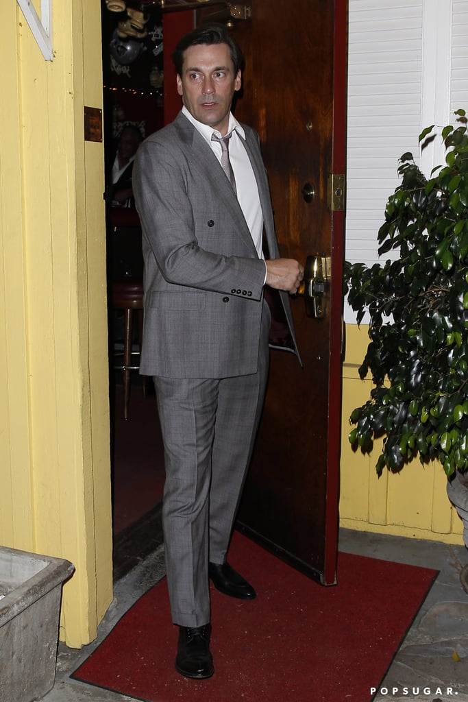 Jon Hamm made a smooth exit after dinner with Sean Penn and his kids.