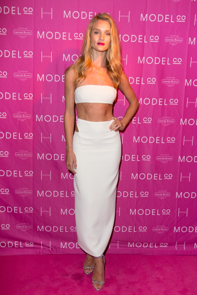 A killer figure certainly helps pull off a tummy-baring ensemble like this.
