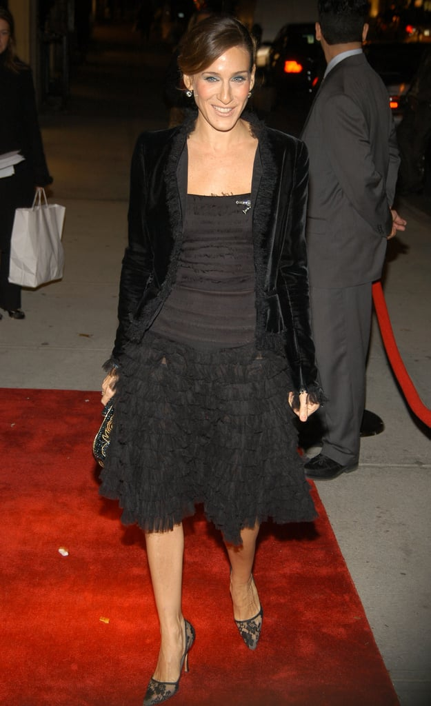 Even in 2004, Sarah Jessica followed her fashion formula. Here she donned a black full-skirt Oscar de la Renta dress, matching velvet blazer, and lace pumps at an Oscar de la Renta store opening in NYC.  7093580