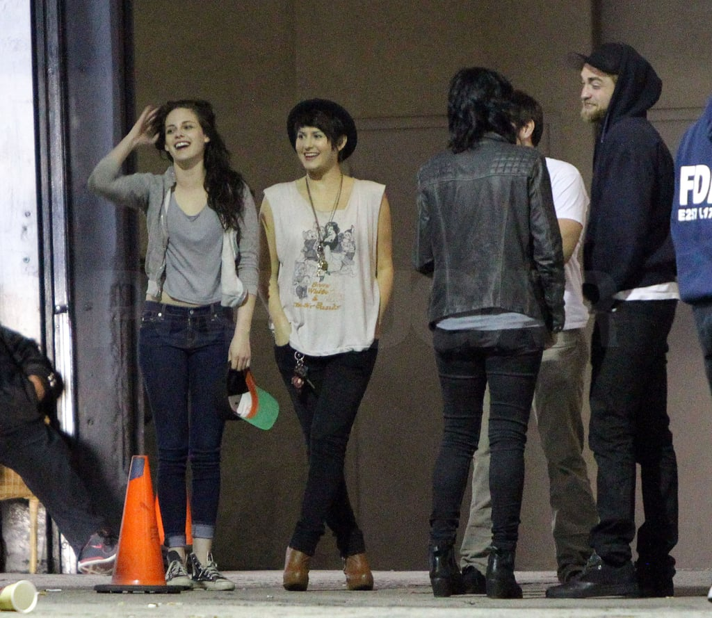 Robert Pattinson and Kristen Stewart hung out in LA with a group of friends in March 2012.