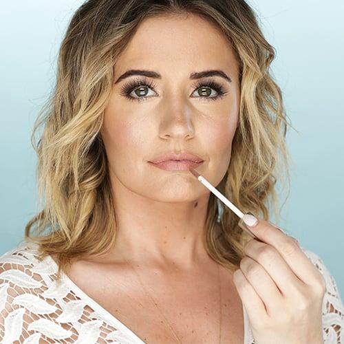 How to Wear Matte Lipstick | Tutorial