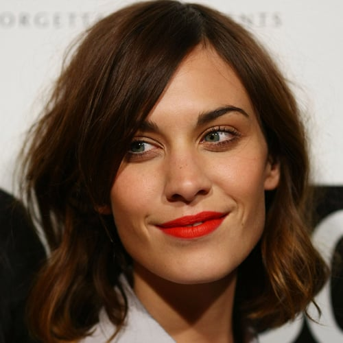 The Alexa Chung Red Lipstick Makeup Trick