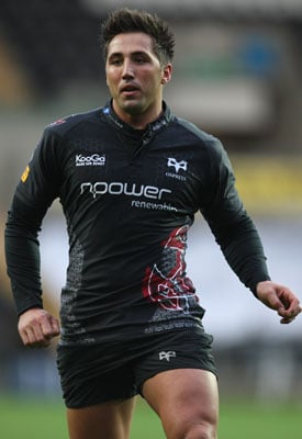 """Roundup Of The Latest Entertainment News Stories — Gavin Henson Accused of """"Abusive"""" Behaviour"""