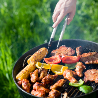 How to Save on a Memorial Day Meal