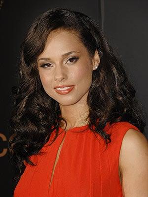 Alicia Keys' Retro Glamour