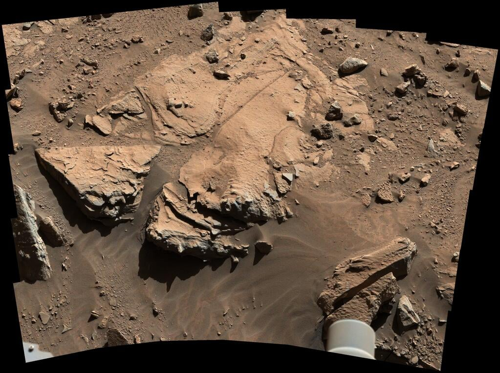 """Cute! The Curiosity rover tweeted this, saying, """"To drill or not to drill? Investigating my next potential drilling target on Mars.""""  Source: Twitter user MarsCuriosity"""
