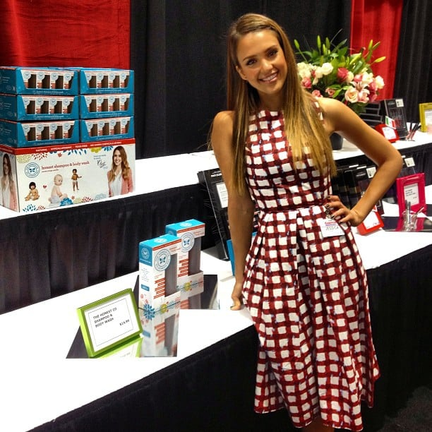 Jessica Alba wore a sweet printed dress to promote her Honest Company products in Seattle. Source: Instagram user lauren_andersen