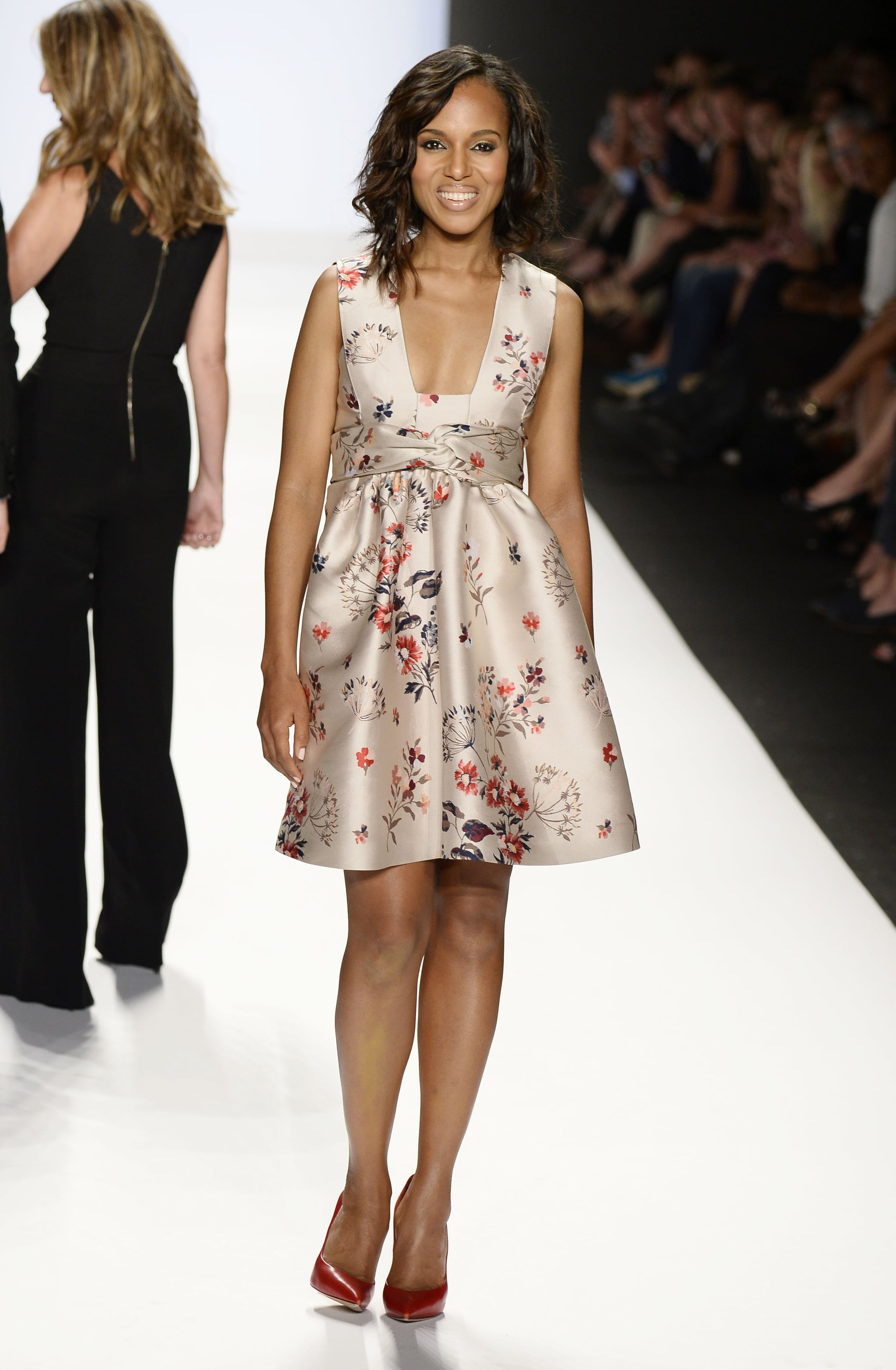 Kerry Washington was glowing as she walked the runway for the Project Runway show on Friday.