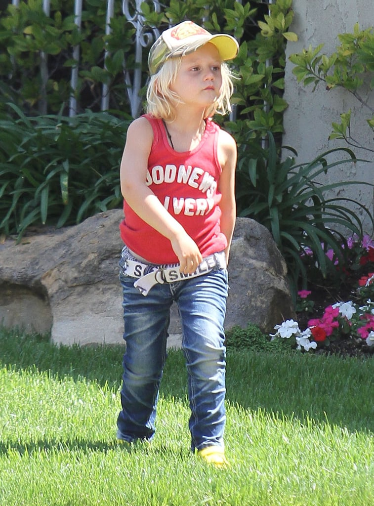 Zuma Rossdale was excited to attend a birthday party accompanied by mom Gwen Stefani.