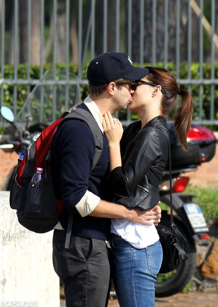 Olivia Wilde and Jason Sudeikis kissed while vacationing in Rome.