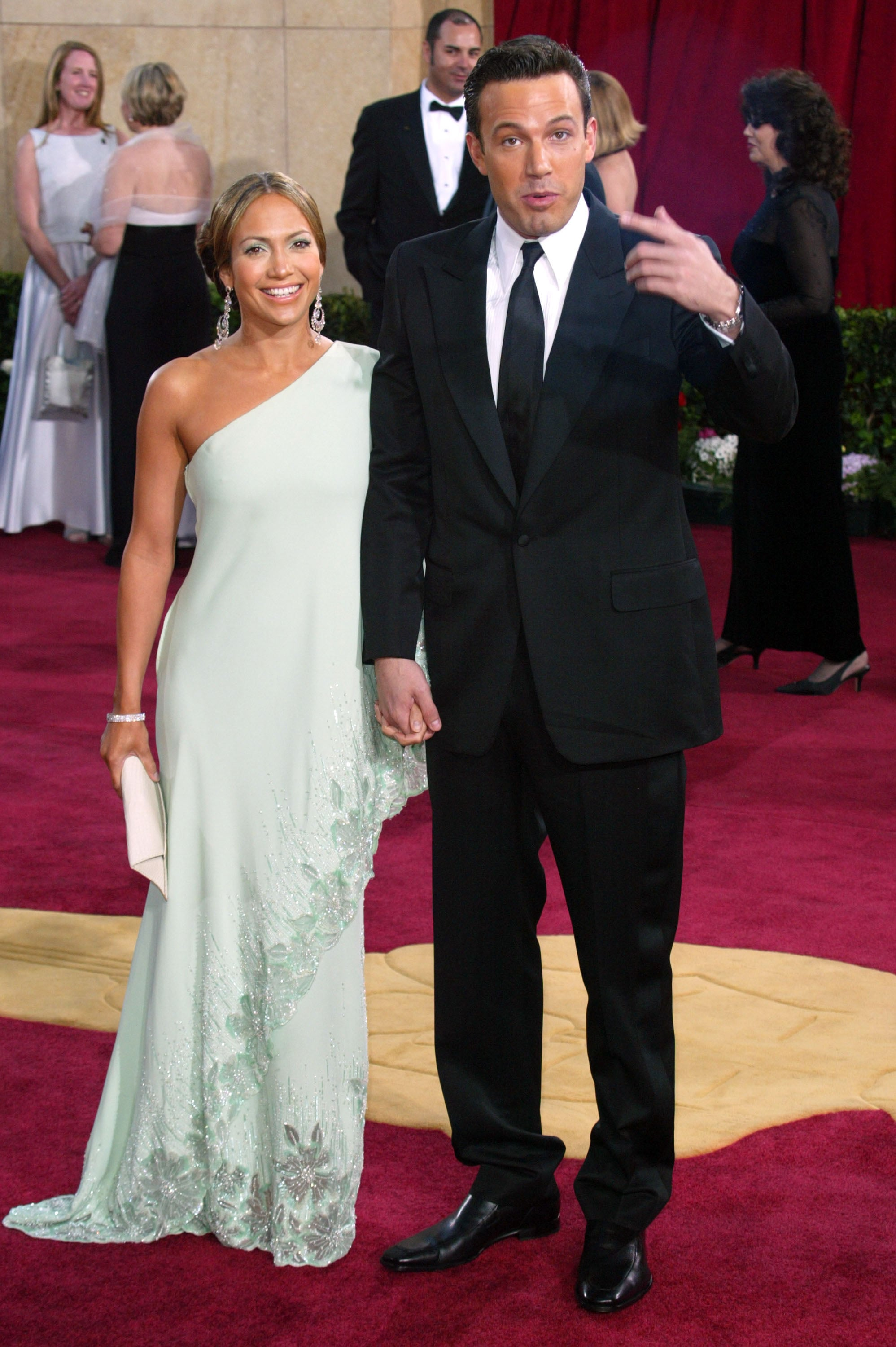 Ben Affleck and Jennifer Lopez walked the red carpet hand in hand at the 2003 show, but the couple called it quits a year later.