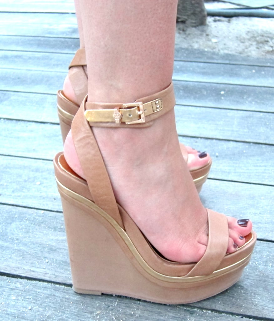 This styler knows nude-hued wedges do wonders for your pins.