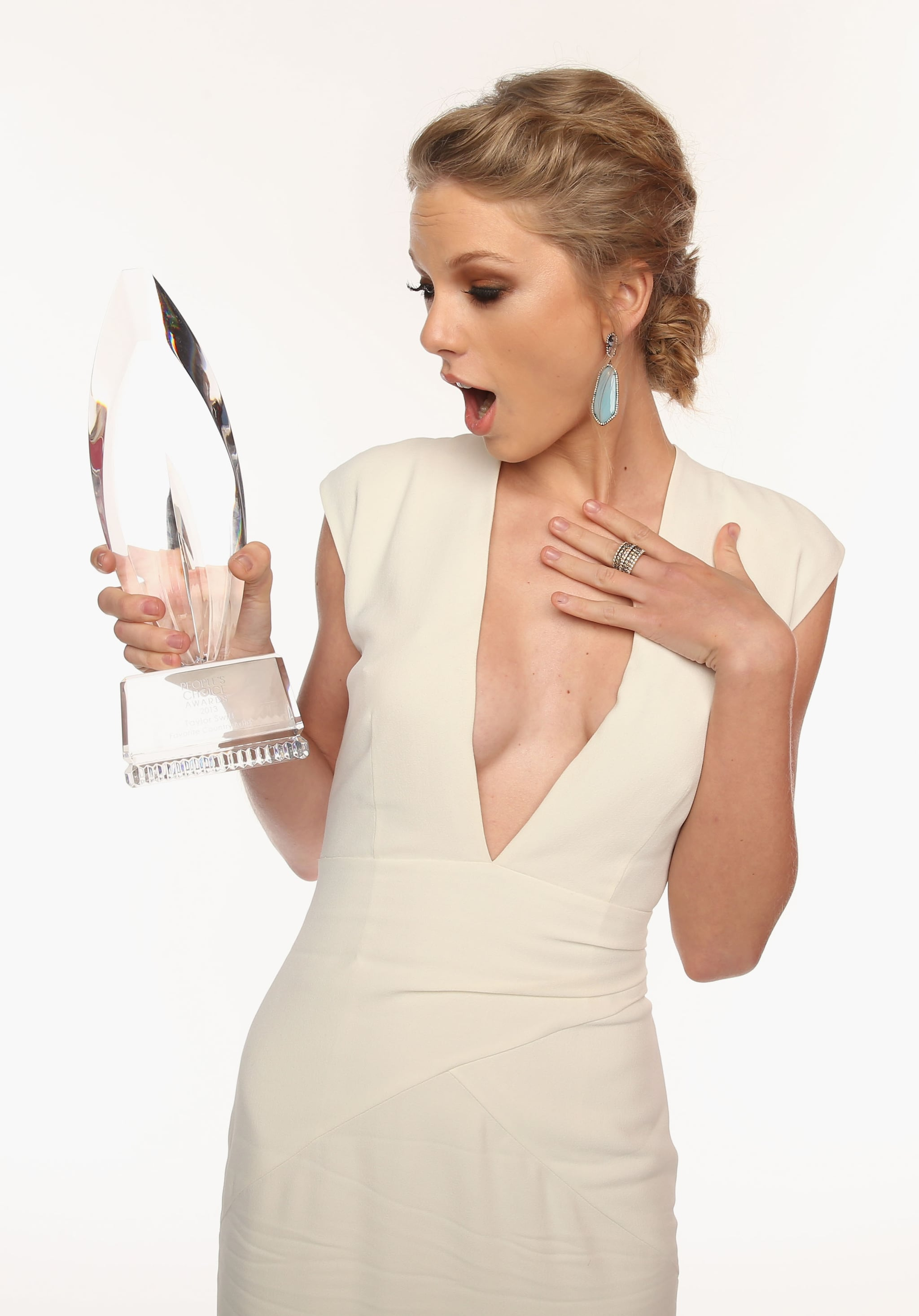 Taylor struck a surprised pose while celebrating her People's Choice Award win in January 2013.