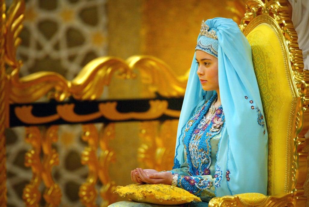 Prince Al-Muhtadee Billah and Dayangku Sarah binti Pengiran Salleh The Bride: Dayangku Sarah binti Pengiran Salleh. The Groom: Al-Muhtadee Billah, crown prince of Brunei. When: Sept. 5, 2004. The bride was 17, and the groom was 30. Where: The sultan's palace in Bandar Seri Begawan, Brunei.