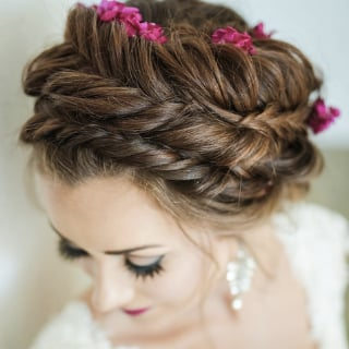 Winter Wedding Hair Ideas for Brides