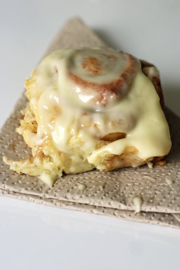 How to Construct Cinnamon Rolls, in Pictures