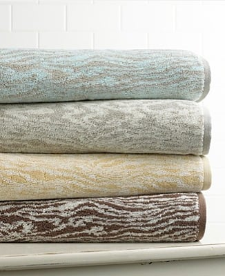Steal of the Day: Martha Stewart Faux Bois Towels
