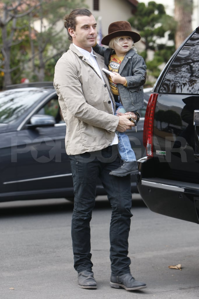 Gavin Rossdale carried his son Zuma.