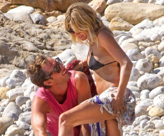 Slide Picture of Sienna Miller in Bikini and Jude Law in Spain