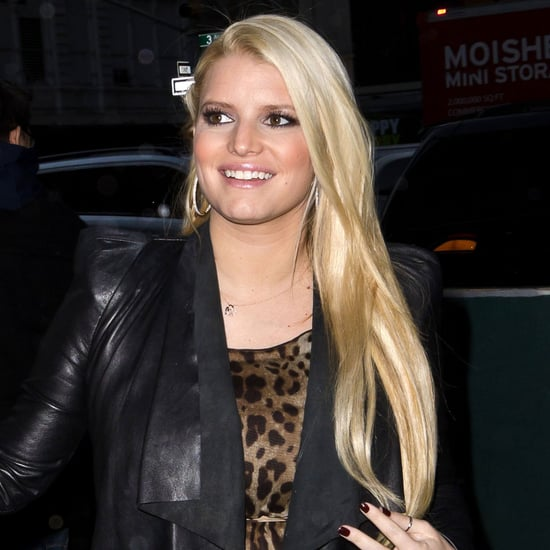 Pregnant Jessica Simpson in Leopard Dress Pictures