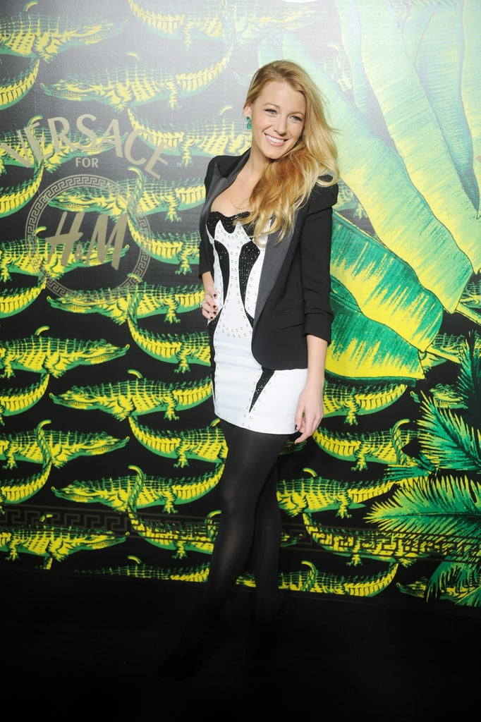 Blake Lively gave a glowing smile on the black carpet.