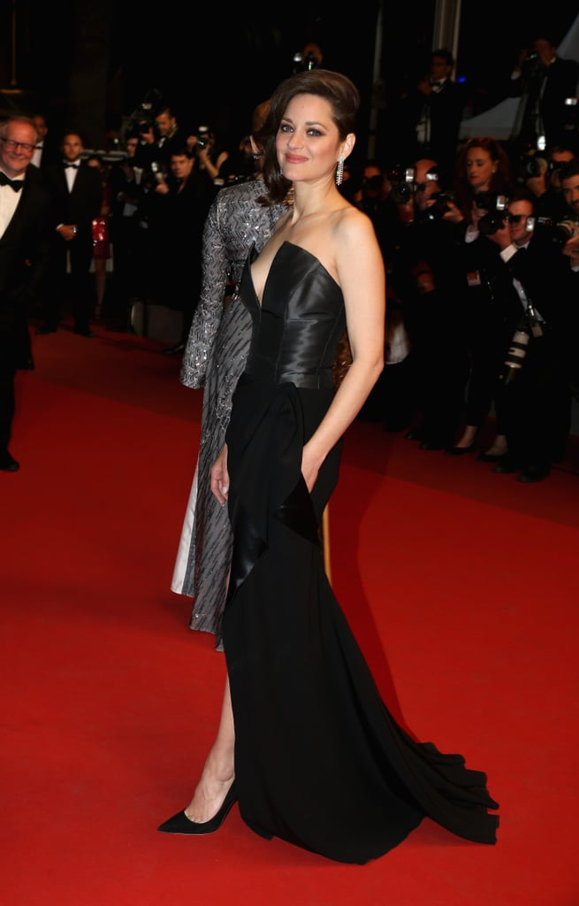 Marion Cotillard went with a black Dior gown at the It's Only the End of the World premiere.