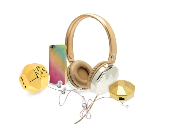 BaubleBar Is Coming to Your Local Target: All the Details on the New Collaboration