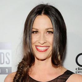 Alanis Morissette on Attachment Parenting on Chelsea Lately