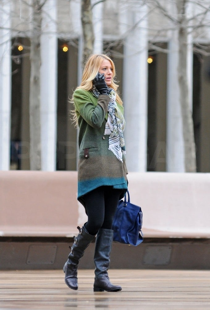 Blake Lively on the NYC Gossip Girl set.