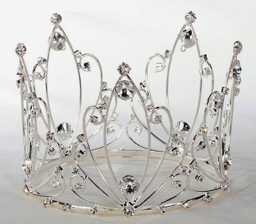 This year, one of the biggest trends is to drape your cake in an  over-the-top crown ($59). It sounds fun, but remember, you're the princess that day, not the cake.