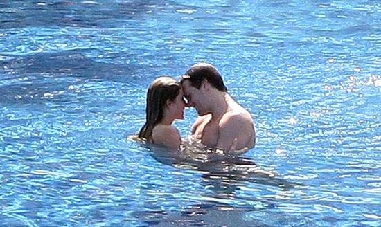 Gisele-Tom-took-sexy-swim-Mexico-January-2009