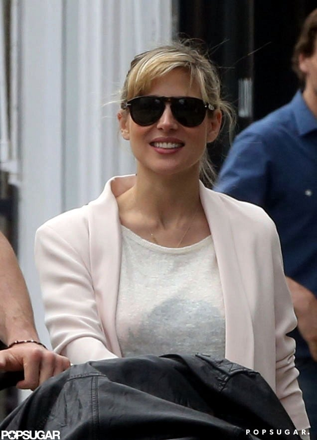 Pregnant Sienna Miller Bumps Into Chris Hemsworth and Baby India in London