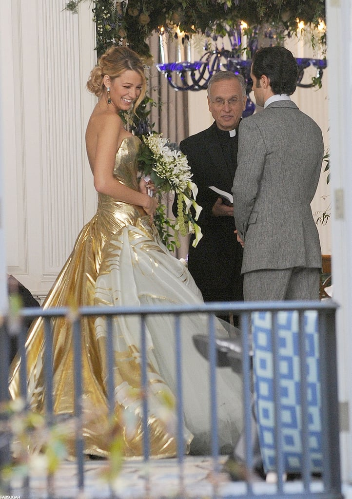 Serena 39 s gossip girl wedding dress pictures popsugar for Serena wedding dress gossip girl price