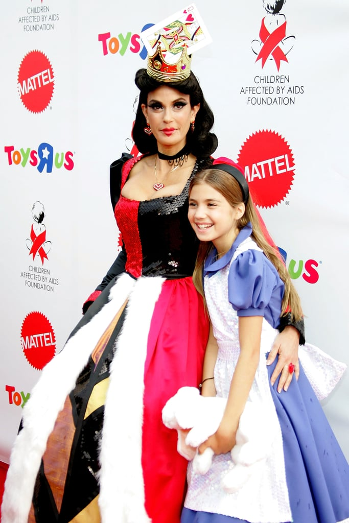 Alice and a Queen