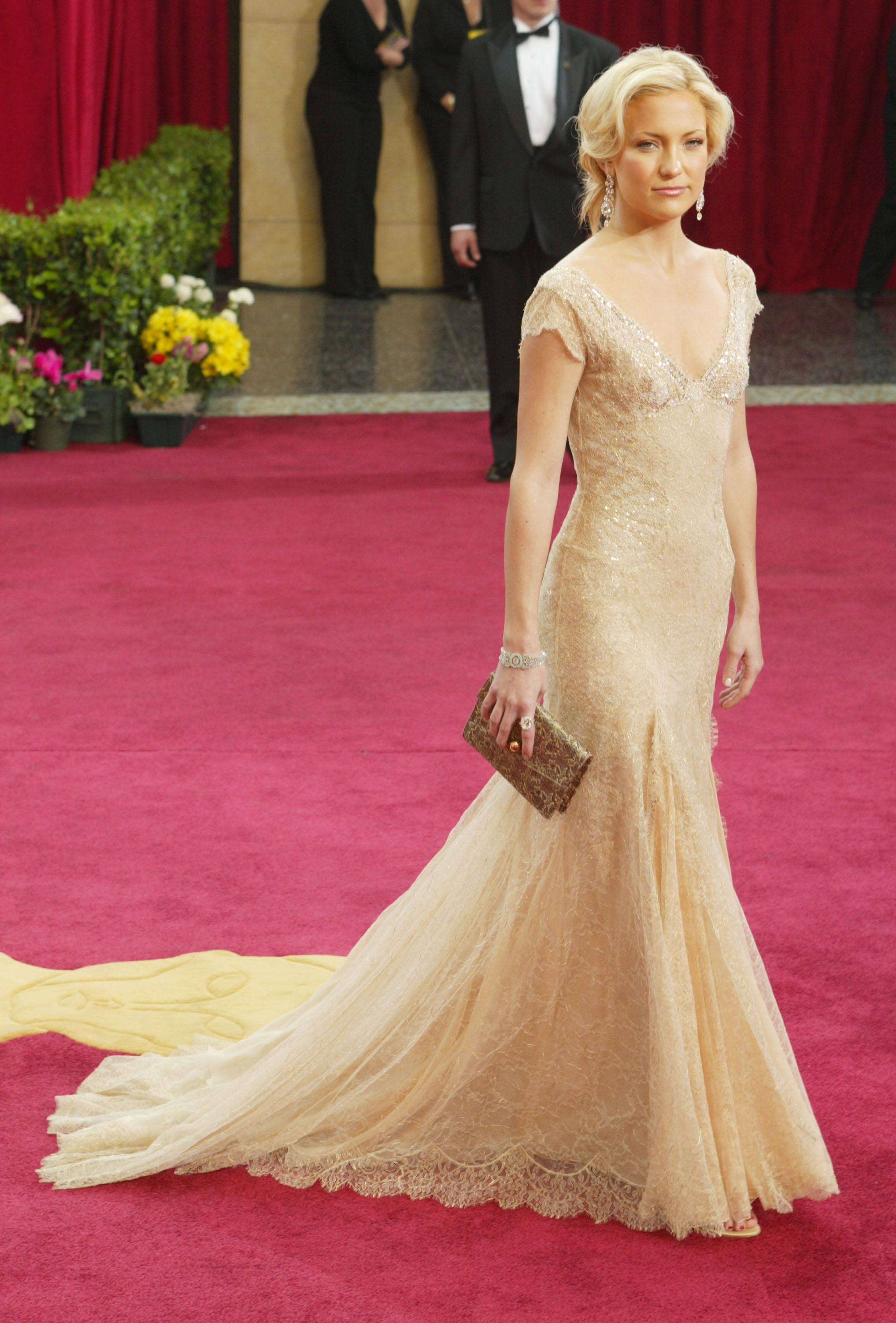 Kate Hudson in Versace at the Academy Awards