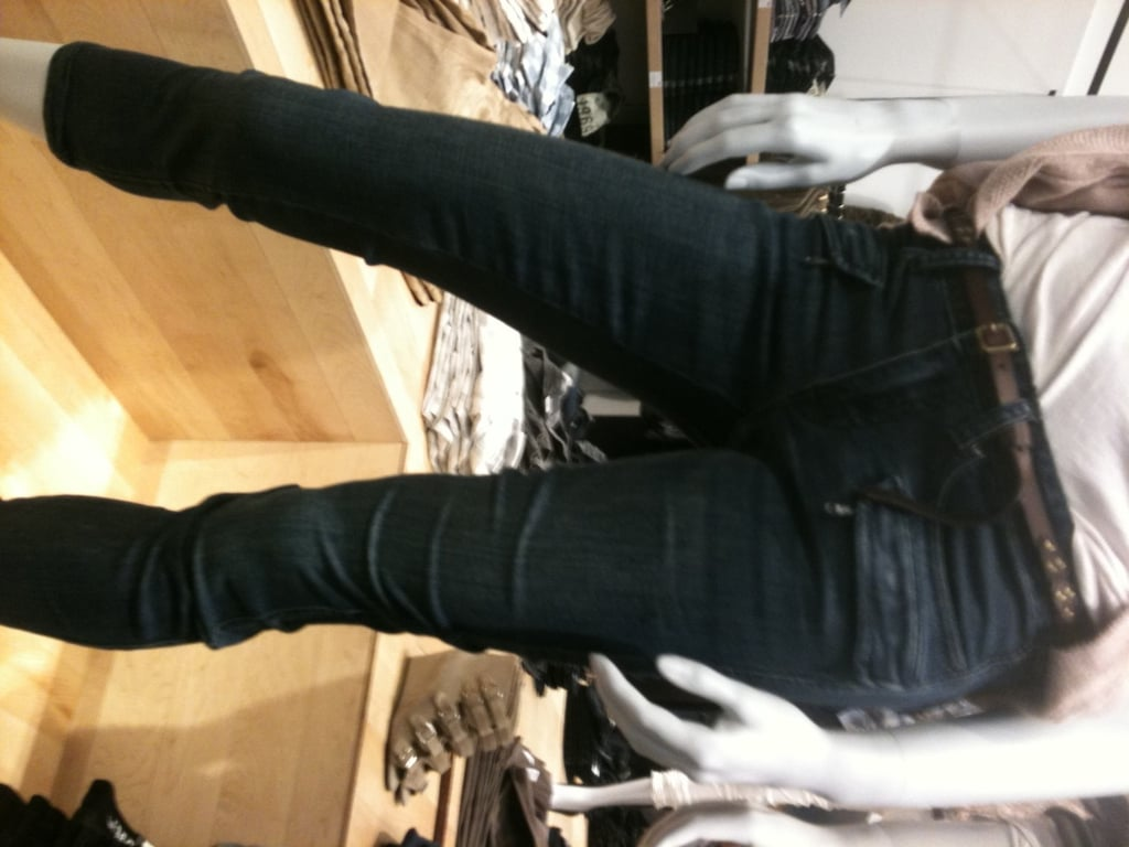 Detailed skinny cropped jeans.