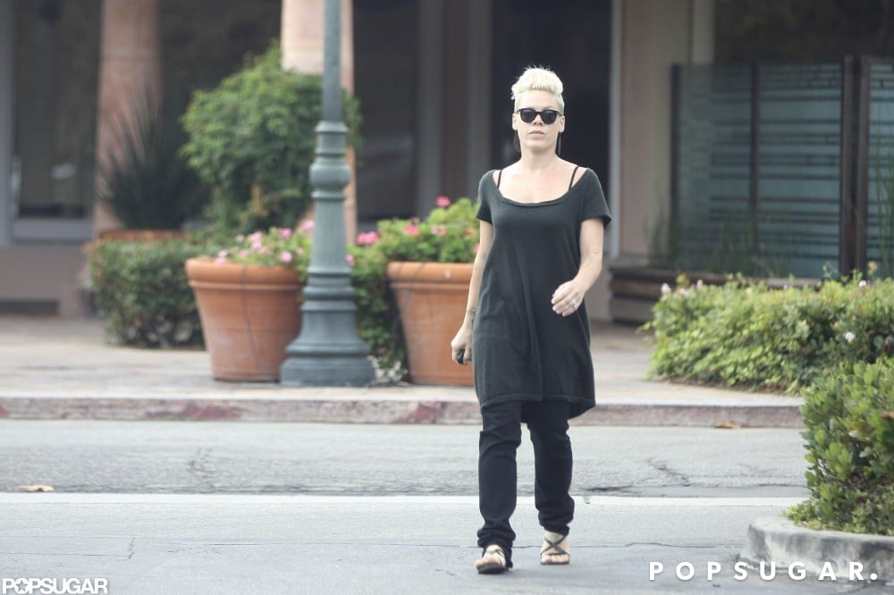 Pink stopped by a Starbucks in Malibu.
