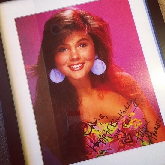 Chris Paul Gets Signed Kelly Kapowski Photo