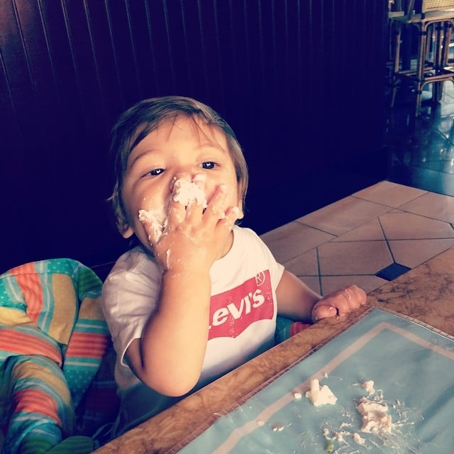 Beau Dykstra really loves his cake — like his mom, Jamie-Lynn Sigler. Source: Instagram user jamielynnsigler