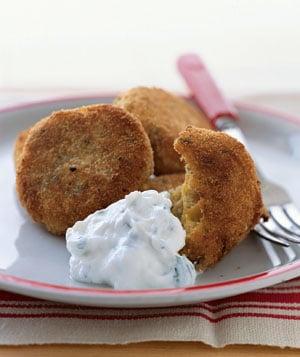 Fast, Easy, Vegetarian Recipe for Crispy Falafel