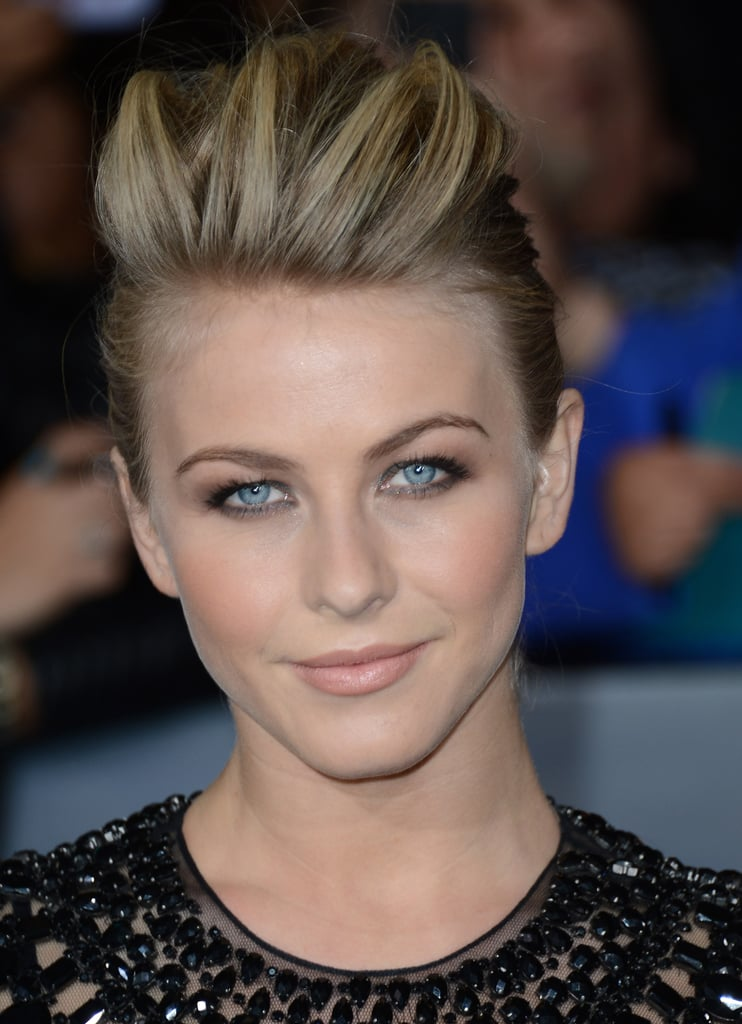 Her hair took on a punk rock vibe at the premiere of The Twilight Saga: Breaking Dawn Part 2 in November 2012.