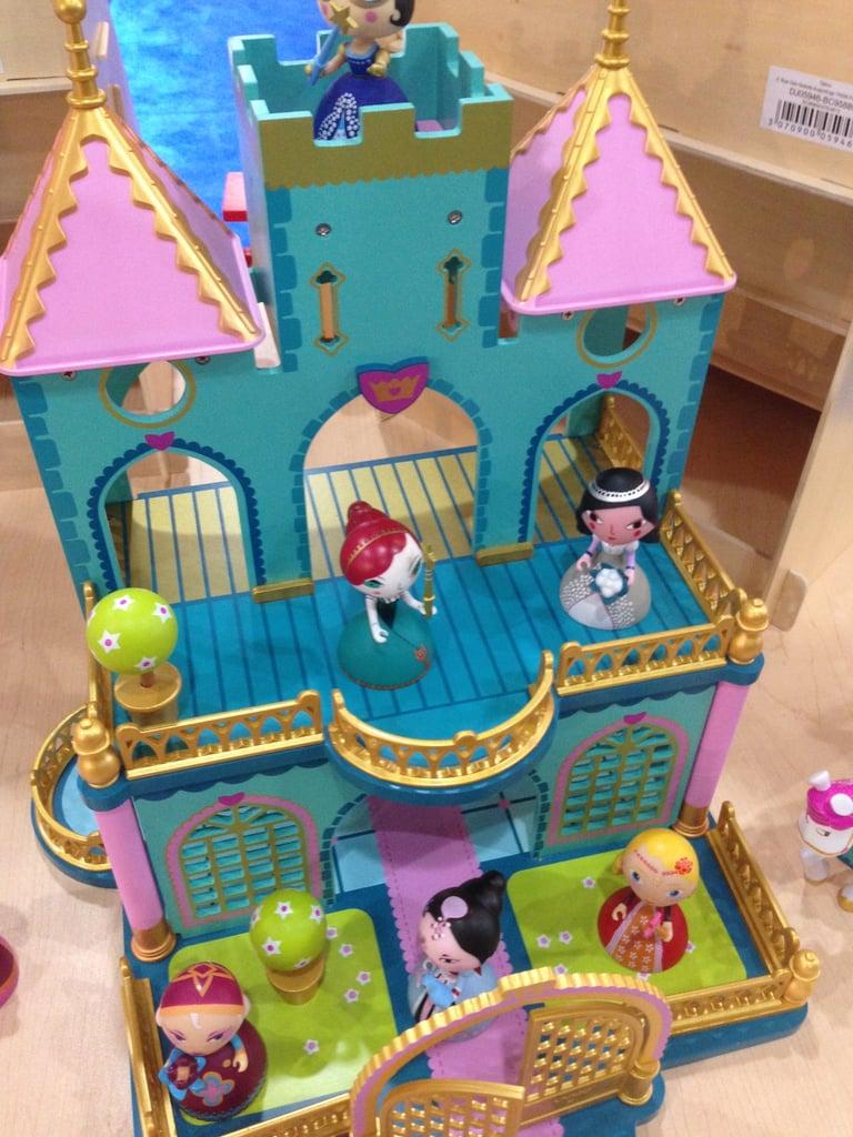 Le Toy Van Doll Castle