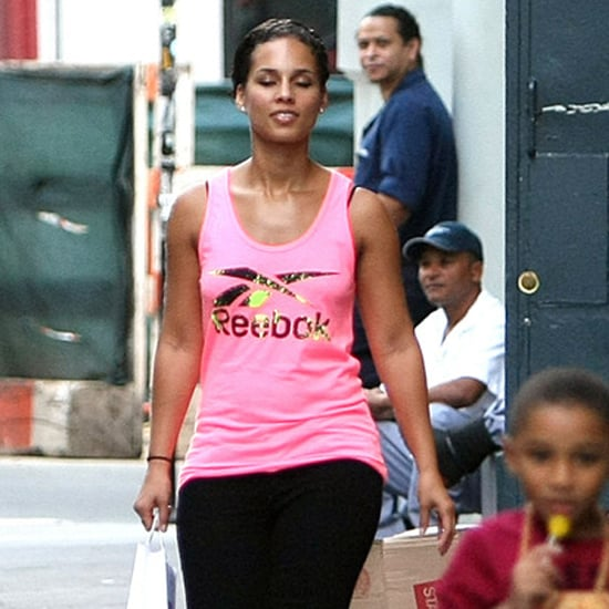 Alicia Keys Walks in NYC With Son Egypt Dean
