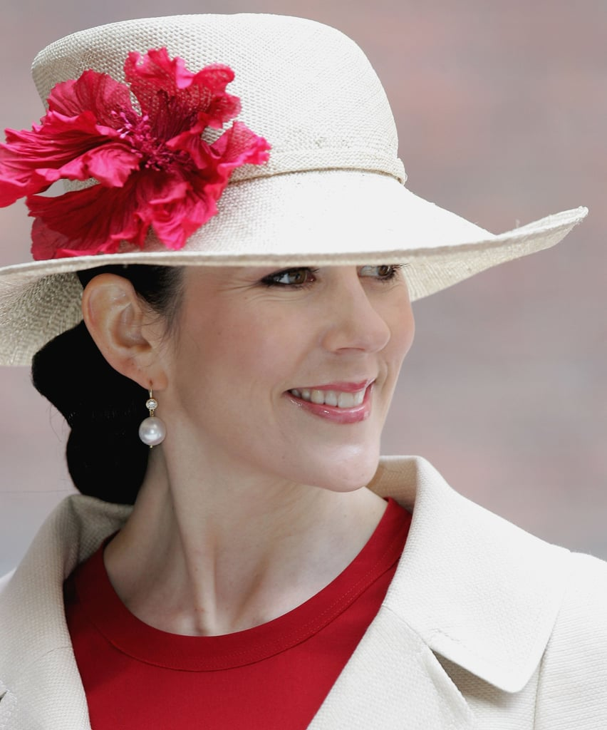 Pictures Of The Royal Family Wearing Hats And Fascinators