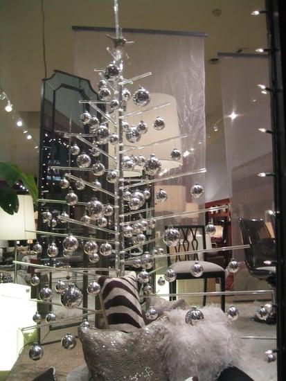 Nice and New: Aaron Thomas Acrylic Christmas Tree