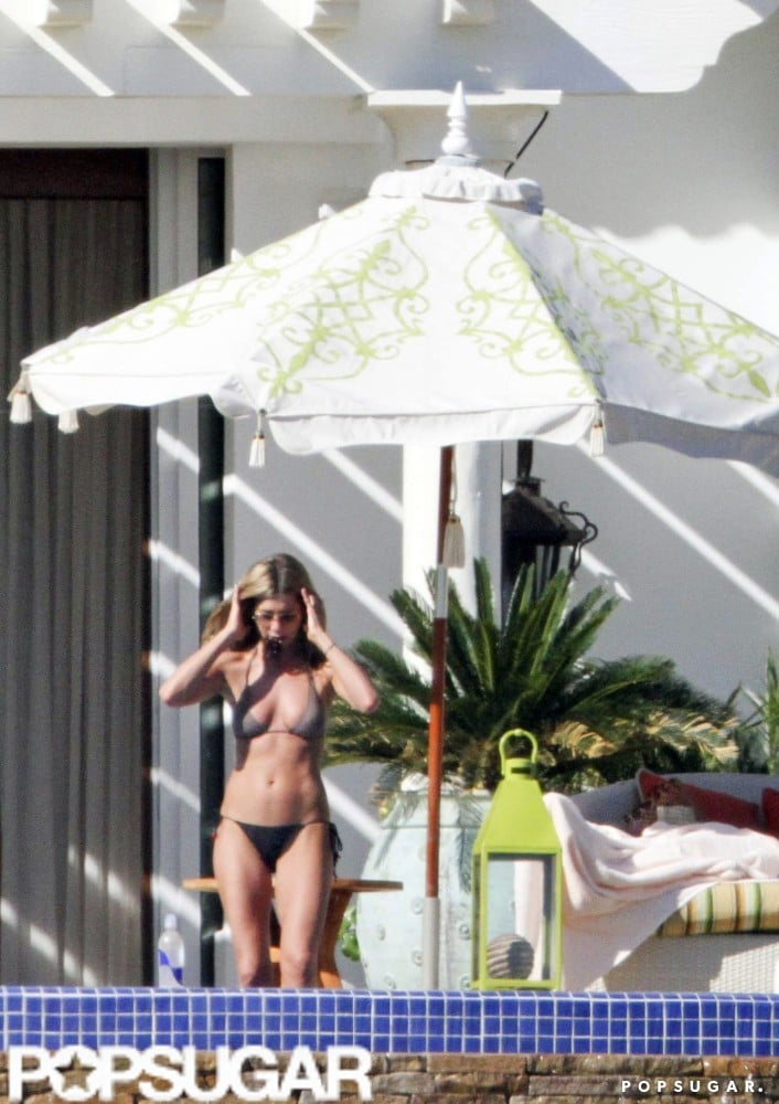 Jennifer Aniston celebrated her February 2010 birthday in Cabo with friends.