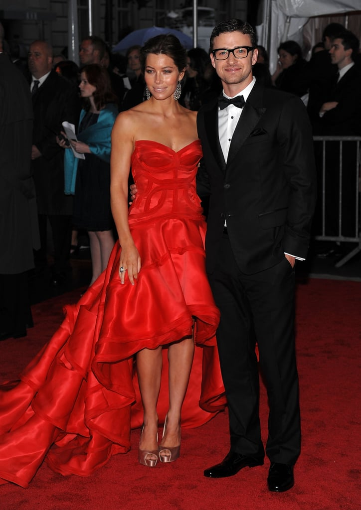 A bespectacled Justin hit the red carpet alongside Jessica Biel for the Met Gala in 2004.