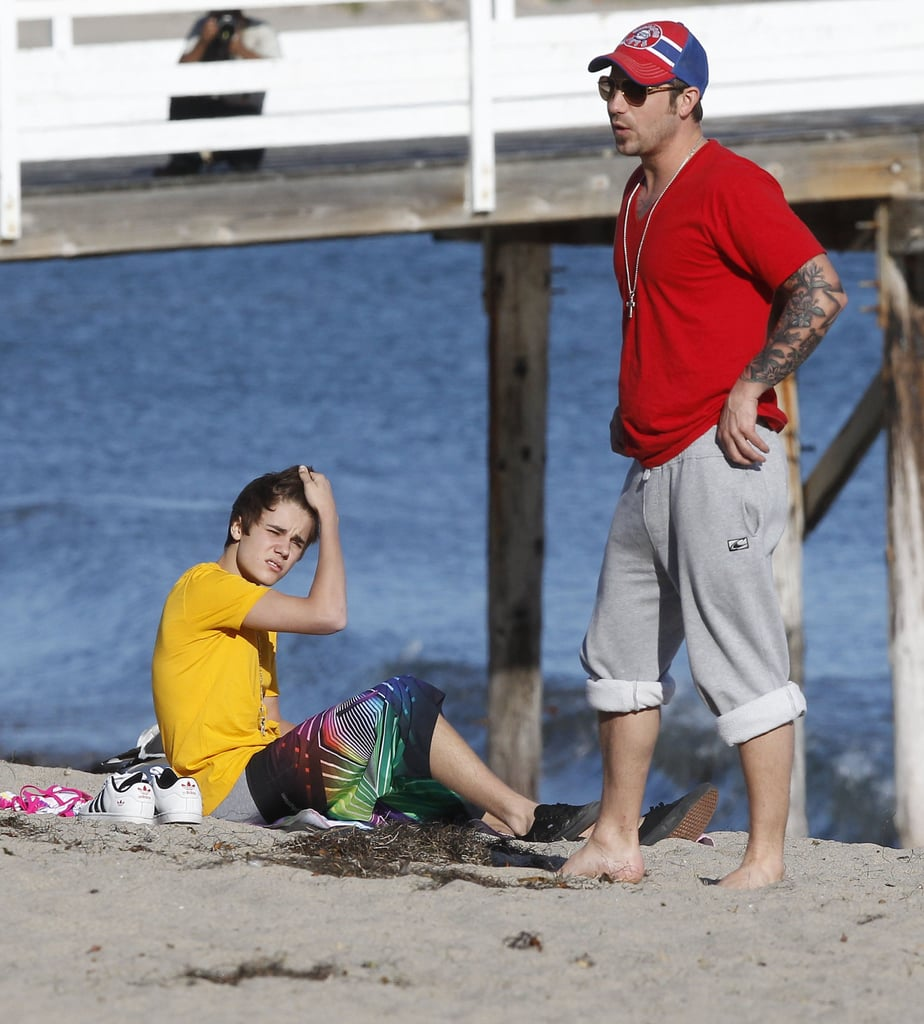 Justin and Selena Spend a Day at the Beach With Jazzy and Jaxon
