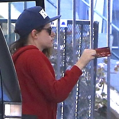 Kristen Stewart at a Gas Station With a Friend | Pictures